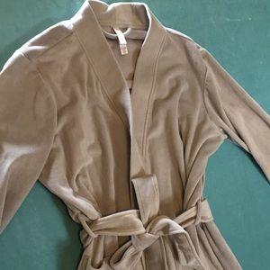 Gillian & OMalley - Grey Plush Robe